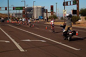 02:16:21 - 3 leaders near end of Lap 1 - Ironman Arizona 2010