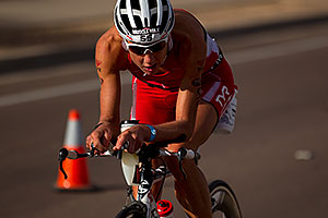 02:31:41 - #55 Chrissie Wellington [1st,USA,08:36:13] early in Lap 2 - Ironman Arizona 2010