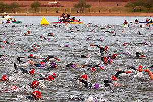 00:05:25 - Starting the swim - Ironman Arizona 2010