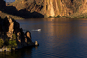 Canyon Lake in Superstitions