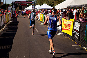 04:43:05 #116 running at Soma Triathlon 2011
