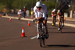 02:52:12 - #21 Martin Jensen [DNK] (eventually DNF run) at start of Lap 2 - Ironman Arizona 2011