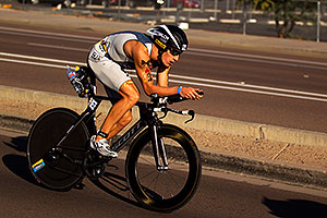 02:18:02 - #54 Sebastian Kienle [DEU] (eventual 6th place in 08:19:29) at start of Lap 2 - Ironman Arizona 2011