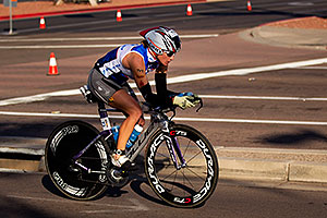 02:30:32 - #73 Amanda Stevens [USA] (eventually 5th in 09:09:39) at start of Lap 2 - Ironman Arizona 2011
