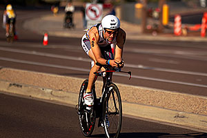 02:35:15 - #60 Christian Nitschke [DEU] (eventually 29th in 08:59:56) at start of Lap 2 - Ironman Arizona 2011