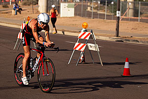 02:42:21 - #89 Donna Phelan [CAN] (eventually DNF run) at start of Lap 2 - Ironman Arizona 2011