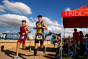 07:33:16 - #1322 and #1004 running in Ironman Arizona 2011