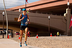 06:32:59 - #70 Linsey Corbin [USA] (eventually 2nd in 08:54:33) on Lap 2 - Ironman Arizona 2011
