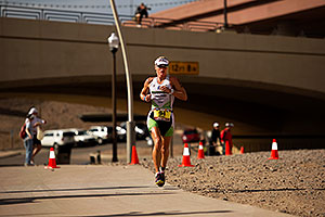 06:40:15 - #94 Kathleen Calkins [USA] (eventual 7th in 09:12:40) in Lap 1 - Ironman Arizona 2011