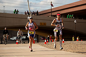07:01:36 - #91 Lisa Ribes [USA] (eventually 14th in 09:41:55) lapped by #67 Jeremy Jurkiewicz [FRA] (eventually 7th in 08:19:38) - Ironman Arizona 2011