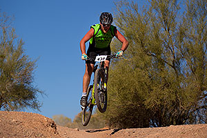 04:34:10 #438 jumping at 12 Hours of Papago 2012 …