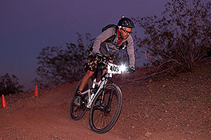 10:51:42 Mountain Biking at night at 12 Hours of Papago 2012 …