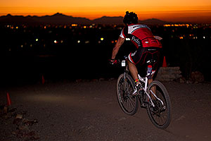 10:58:59 Mountain Biking at night at 12 Hours of Papago 2012 …