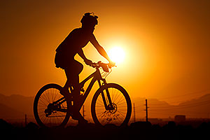 10:17:10 #35 [5th, 19 laps, 11:53:37] mountain biking at sunset at 12 Hours of Papago 2012 …