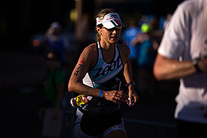 09:01:37 - #74 Sara Gross [CAN, 4th] running at Ironman Arizona 2012
