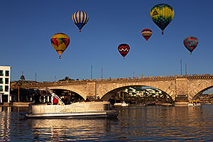 Hot Air Balloons at London Bridge during Lake Havasu Balloon Fest