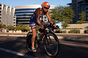 01:30:52 #92 Jacqui Gordon [DNF,USA,01:00:47 swim, 05:28:33 bike] cycling at Ironman Arizona 2014