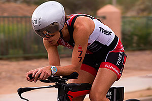 02:52:56 #77 Lisa Roberts [USA,DNF,01:02:48] cycling at Ironman Arizona 2015