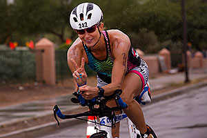 05:09:34 #242 cycling at Ironman Arizona 2015