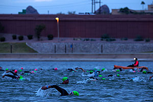 00:26:20 Swimming at Ironman Arizona 2015