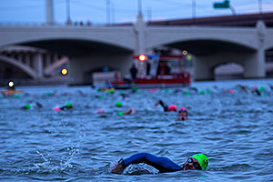00:29:54 Swimming at Ironman Arizona 2015