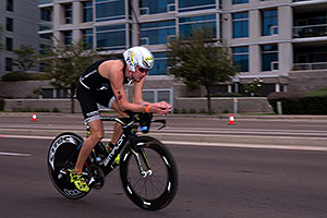 00:53:03 #12 Per Bittner [9th,GER,08:18:23] cycling at Ironman Arizona 2016