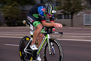00:53:37 #53 Cameron Wurf [14th,AUS,08:27:53] cycling at Ironman Arizona 2016