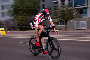 00:54:53 #45 Adam OConner [39th,USA,10:45:37] cycling at Ironman Arizona 2016