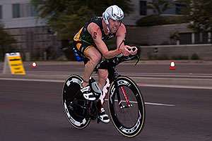 00:57:29 #52 Robbie Wade [DNF,IRL,00:54:01 swim,04:41:39 bike] cycling at Ironman Arizona 2016