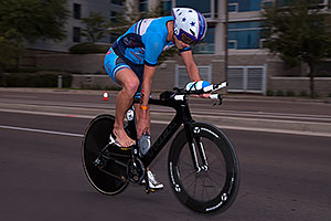 00:57:50 #25 Lewis Elliot [DNF,USA,00:54:13] cycling at Ironman Arizona 2016