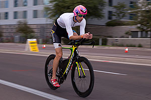 01:04:05 #47 Matthew Shanks [31st,USA,08:57:42] cycling at Ironman Arizona 2016