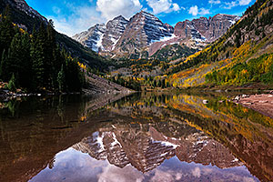 Fall colors at Maroon Bells, Colorado