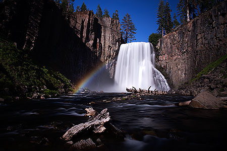 Rainbow Falls in Eastern Sierra