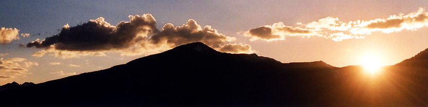/images/500/2004-10-crested-sunset-rays-sp.jpg - #02308: Crested Butte … Oct 2004 -- Crested Butte, Colorado