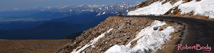 /images/500/2007-06-17-evans-road-morn-sp.jpg - #03947: view from near 14,000 feet of a road up Mt Evans … June 2007 -- Mount Evans Road, Mt Evans, Colorado