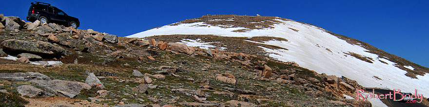 /images/500/2007-06-17-evans-road-xte-sp.jpg - #03955: view from 13,500 feet of a road up Mt Evans … June 2007 -- Mount Evans Road, Mt Evans, Colorado