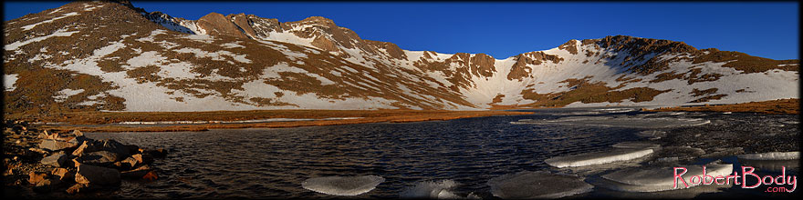 /images/500/2007-06-17-evans-sum-lake-sp.jpg - #03964: Ice floating on Summit Lake at 12,800 ft elevation … June 2007 -- Summit Lake, Mt Evans, Colorado