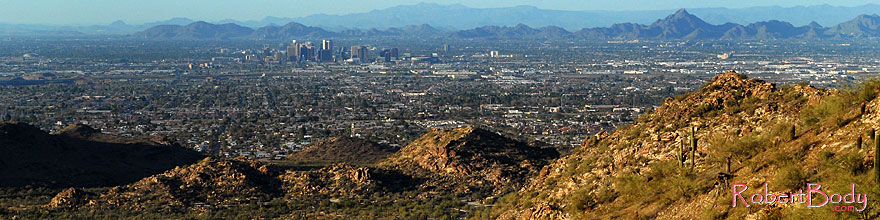 /images/500/2008-03-14-southm-4134sp.jpg - #04890: View North at Phoenix from South Mountain … March 2008 -- South Mountain, Phoenix, Arizona