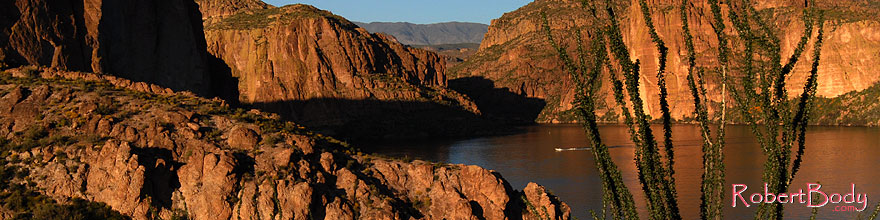 /images/500/2008-03-21-sup-can-5269sp.jpg - #04940: Canyon Lake in Superstitions … March 2008 -- Canyon Lake, Superstitions, Arizona