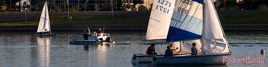 /images/500/2008-11-18-tempe-sailboats-49009sp.jpg - #06137: Sailboats at Tempe Town Lake … November 2008 -- Tempe Town Lake, Tempe, Arizona