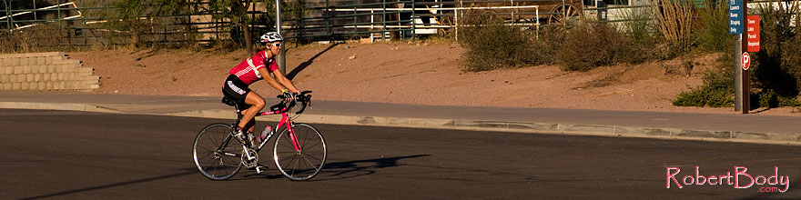 /images/500/2008-11-20-tempe-cycling-50391sp.jpg - #06124: Cyclist at Tempe Town Lake … November 2008 -- Tempe Town Lake, Tempe, Arizona