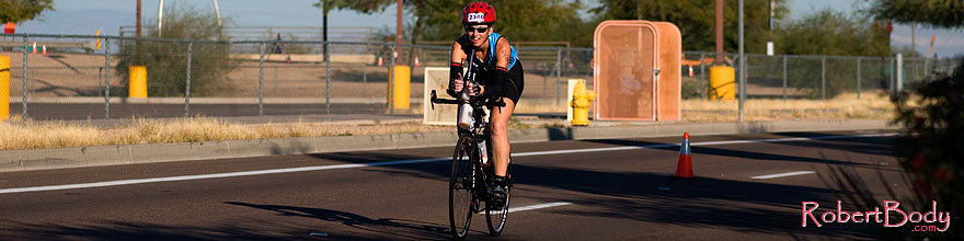 /images/500/2008-11-23-ironman-bike-54248sp.jpg - #06197: 08:42:46 into the race - Bike at Arizona Ironman 2008 … November 2008 -- Rio Salado Parkway, Tempe, Arizona