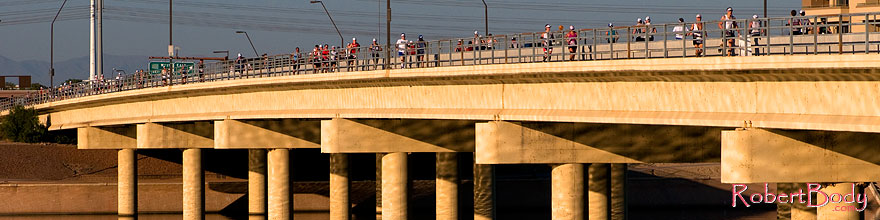 /images/500/2008-11-23-ironman-run-54390sp.jpg - #06211: 09:03:21 into the race - Runners at Rural Road bridge - Marathon Run at Arizona Ironman 2008 … November 2008 -- Tempe Town Lake, Tempe, Arizona