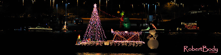 /images/500/2008-12-13-tempe-lights-boats-62645sp.jpg - #06415: APS Fantasy of Lights Boat Parade … December 2008 -- Tempe Town Lake, Tempe, Arizona