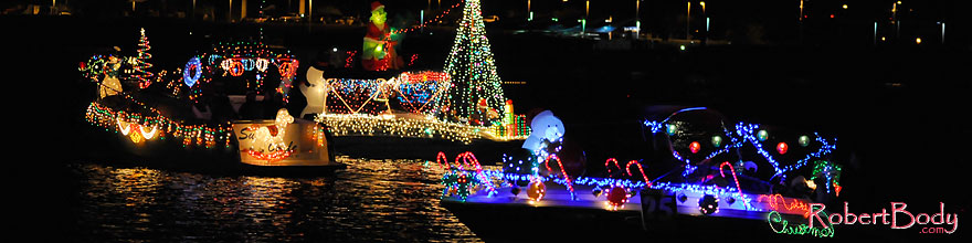 /images/500/2008-12-13-tempe-lights-boats-62923sp.jpg - #06434: Boat #25 - APS Fantasy of Lights Boat Parade … December 2008 -- Tempe Town Lake, Tempe, Arizona