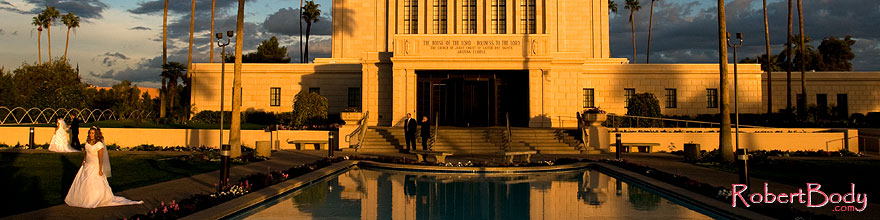 /images/500/2008-12-23-mesa-temple-bride-66325sp.jpg - #06549: Mesa Temple west side … December 2008 -- Mesa Arizona Temple, Mesa, Arizona