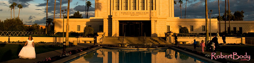 /images/500/2008-12-23-mesa-temple-bride-66331sp.jpg - #06551: Mesa Temple west side … December 2008 -- Mesa Arizona Temple, Mesa, Arizona