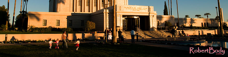 /images/500/2008-12-27-mesa-temple-girls-68207sp.jpg - #06630: People at the West side of Mesa Arizona Temple … December 2008 -- Mesa Arizona Temple, Mesa, Arizona