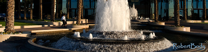 /images/500/2009-01-06-mesa-fountains-72717sp.jpg - #06804: Fountains by Bank of America … January 2009 -- Southern Ave (Mesa), Mesa, Arizona