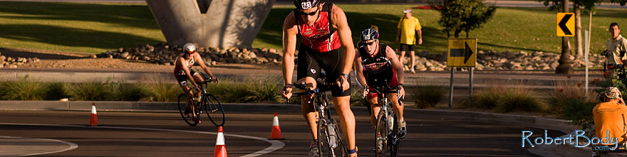 /images/500/2009-10-25-soma-bike-118271sp.jpg - #07616: 01:05:08 #143 cycling at Soma Triathlon … October 25, 2009 -- Rio Salado Parkway, Tempe, Arizona